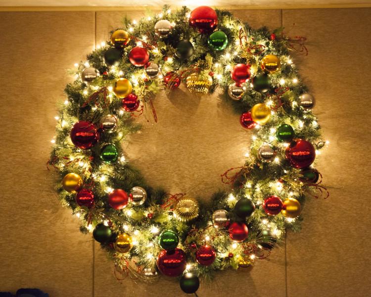 Christmas Wreath Miller Lights Inc